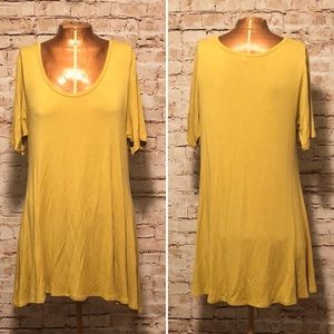 LuLaRoe Mustard Yellow Pefect T